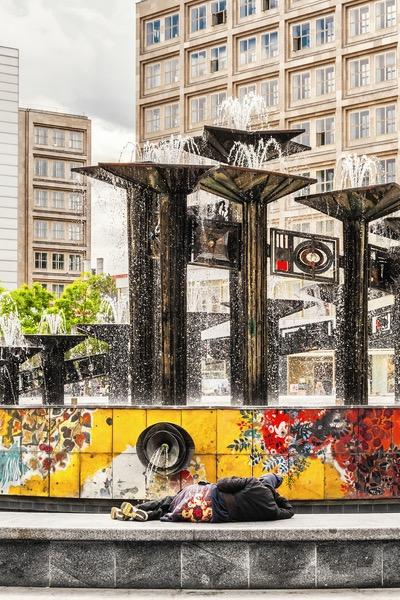 Berlin-Alexanderplatz - Brunnen der Völkerverständigung