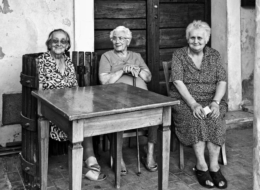 Three Graces in Bevagna