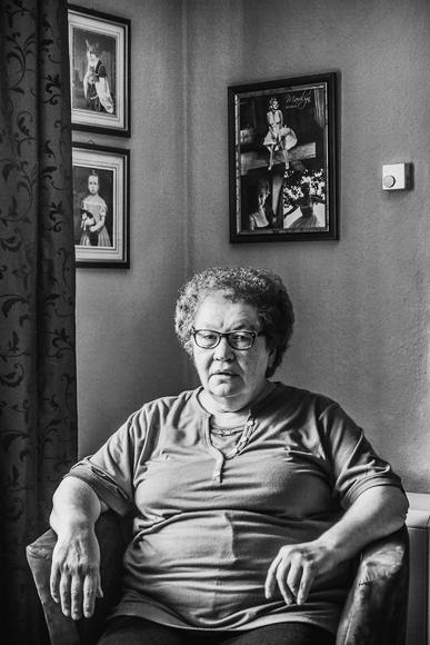 Ehemalige Arbeiterin in Gelsenkirchen - Sozialdokumentarische Fotografie