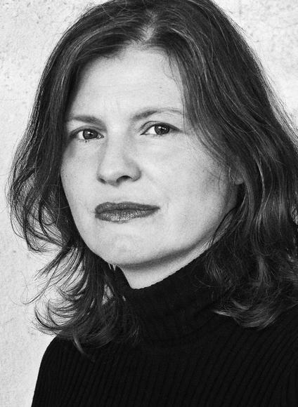 Nicola Caroli - Lyrikvermittlerin in Berlin